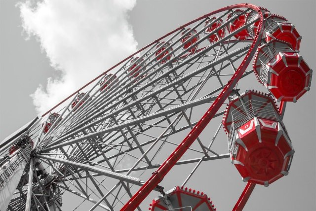 image of a red ferris wheel
